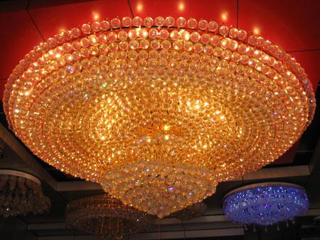 家居建材产品:水晶灯王